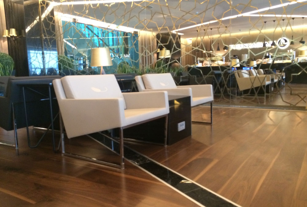 How to Design an Elegant and Modern Lounge or Lobby | sohoConcept